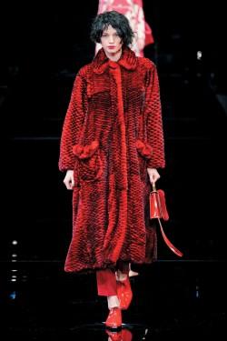 Emporio Armani - rouge hiver 2016