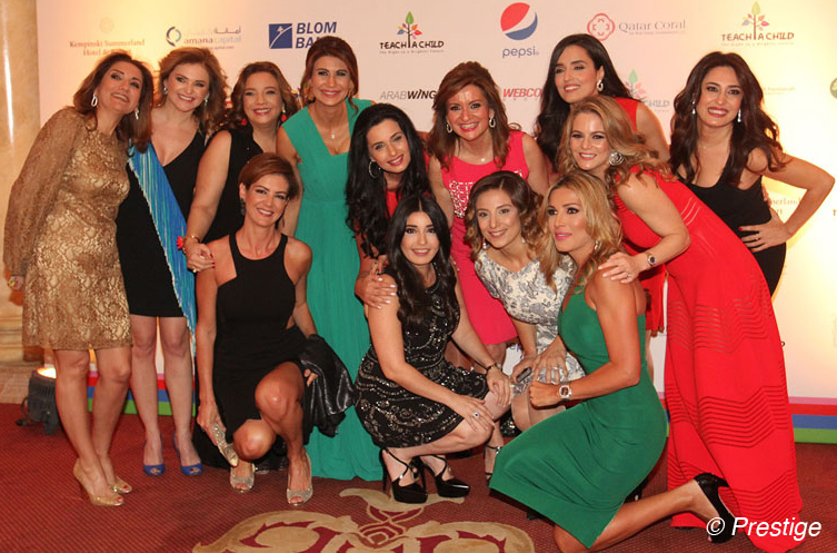 ensemble de dames